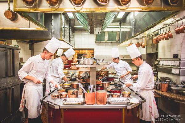 La Cuisine de l'Auberge de Collonges de Paul Bocuse - Photo Guillaume Tranquard / Restaurant Paul Bocuse