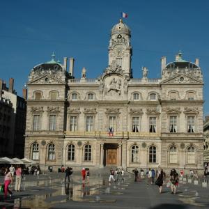 l'Hôtel de Ville de Lyon © Jacques Leone