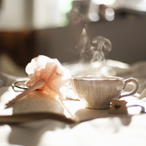 tea-cup-pen-and-diary-on-bed - VisualHunt