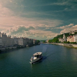 Le Vaporetto sur la Saône © Zeste Production