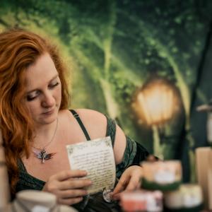 Yggdrasil - La cratrice de bijoux Mérydar © Myskia