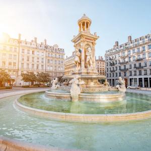 Place des Jacobins © Helen Ross - Shutterstock