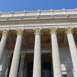 Façade du palais de Justice aux 24 colonnes © ONLYLYON Tourisme