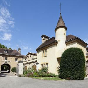Domaine de Lacroix-Laval HD © www.b-rob.com