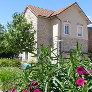 Maison de Village © Mairie de Saint-Genis-les-Ollières