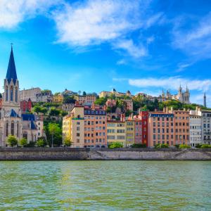 Les quais de Saône et le Vieux Lyon © Martin M303/Shutterstock.com