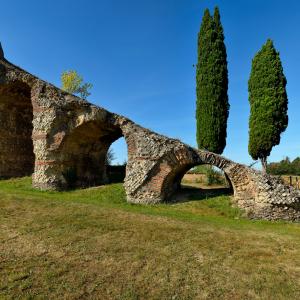 L'Aqueduc Romain du Gier - © Philippe Schuller