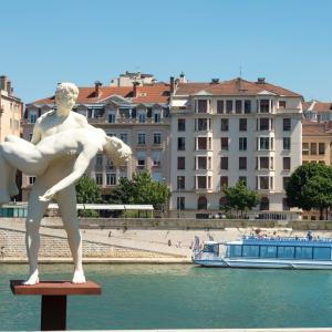 Les Bateaux Lyonnais
